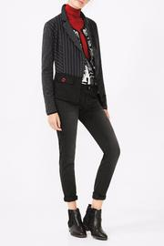 Delmiro black jacket